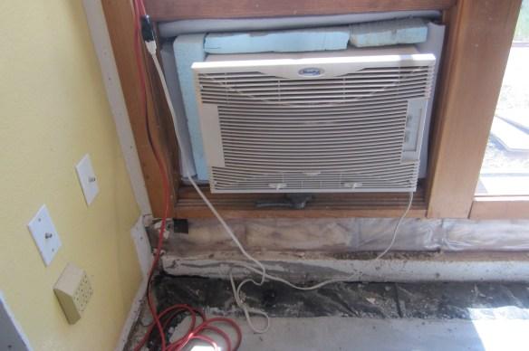 Evaporative Cooler in Window