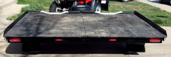 Trailer rear