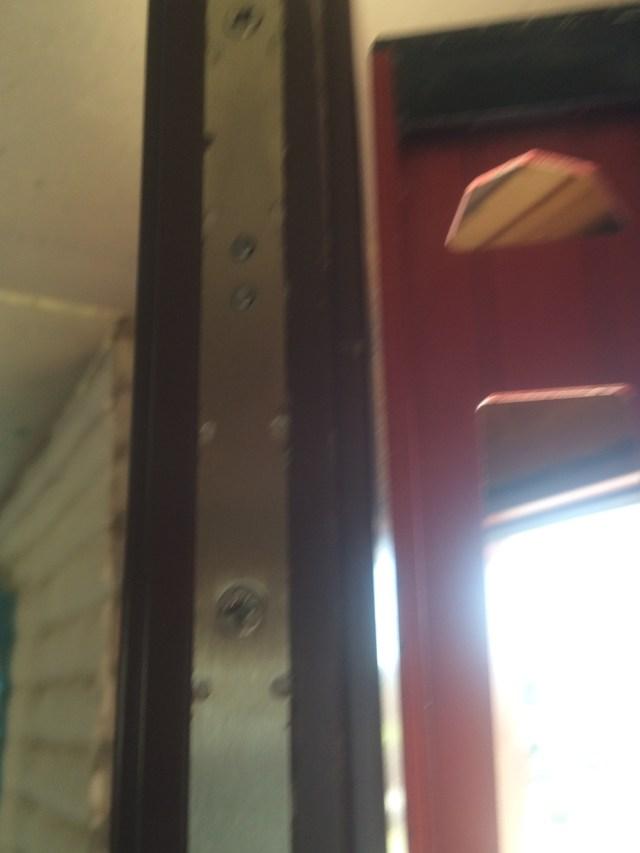Oversize door bolt