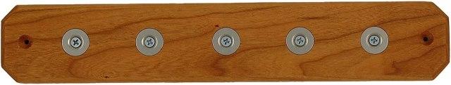 Magnetic wooden knife bar