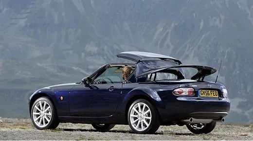 Mazda MX5 at 25 years old © Mazda