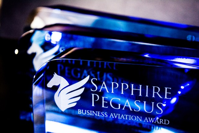 UAS Celebrates Innovation in Business Aviation Industry Award