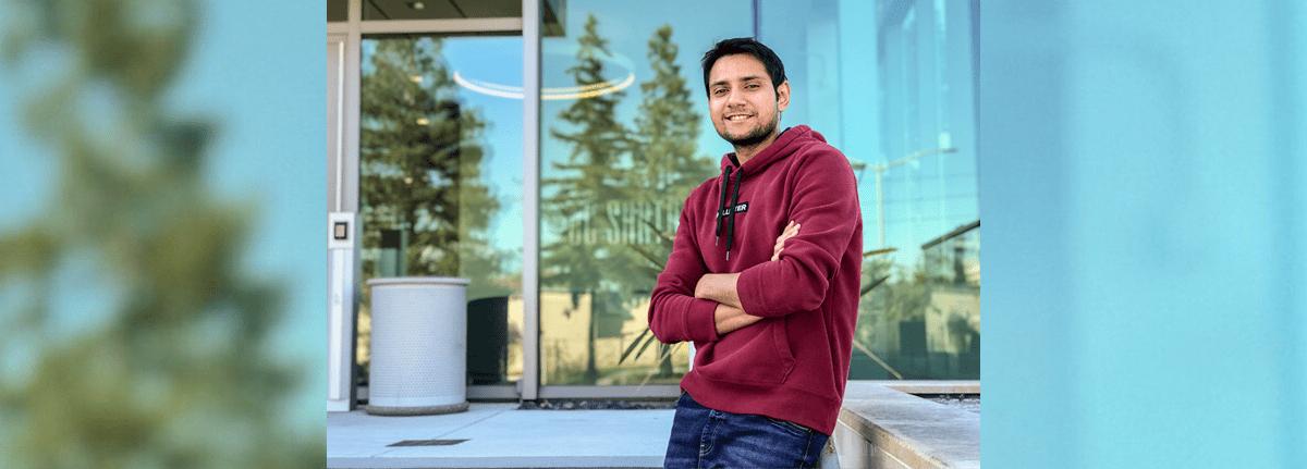 Aakash Dave, a UCSC Extension alumnus
