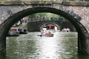 7 הגשרים שנראים בצילום אחד אחרי השני