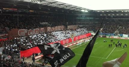 """""""C'mon Sankt Pauli - Give us a goal!"""""""