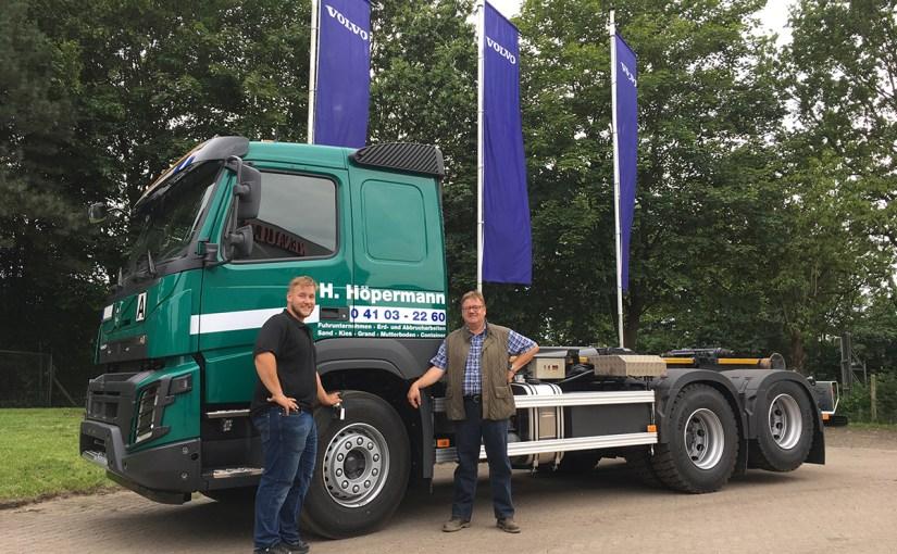 Neufahrzeugauslieferung Höpermann, Volvo FMX