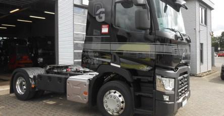 neufahrzeugauslieferung-fuhrbetrieb-grage-renault-t-430