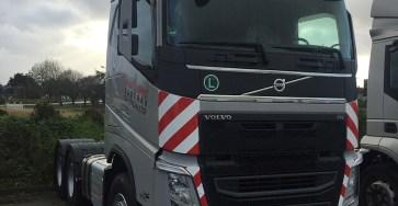 volvo-trucks-fh-kranverleih-suederau-1