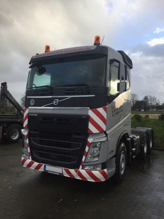 volvo-trucks-fh-kranverleih-suederau-2