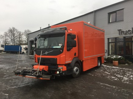 nfz-knaak-volvo-fl-2017-12-1