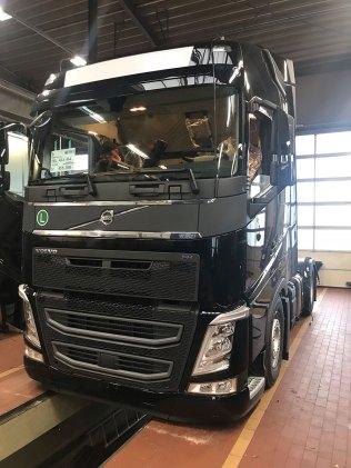 volvo-fh-projektfahrzeug-clausen-2018-11-07-1