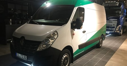 2019-03-02-renault-master-top-dog-1