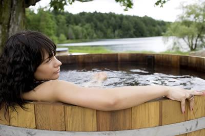 November Offers on Ukko Original Cedar Hot Tubs
