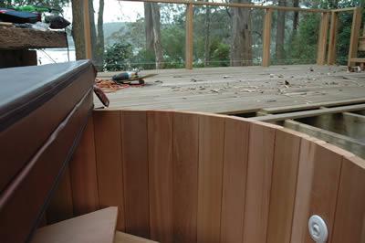 Ukko Cedar Hot Tub overlooking Hardys Bay