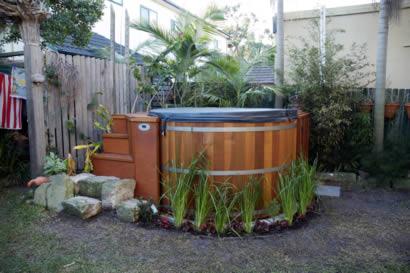 Assembled tub