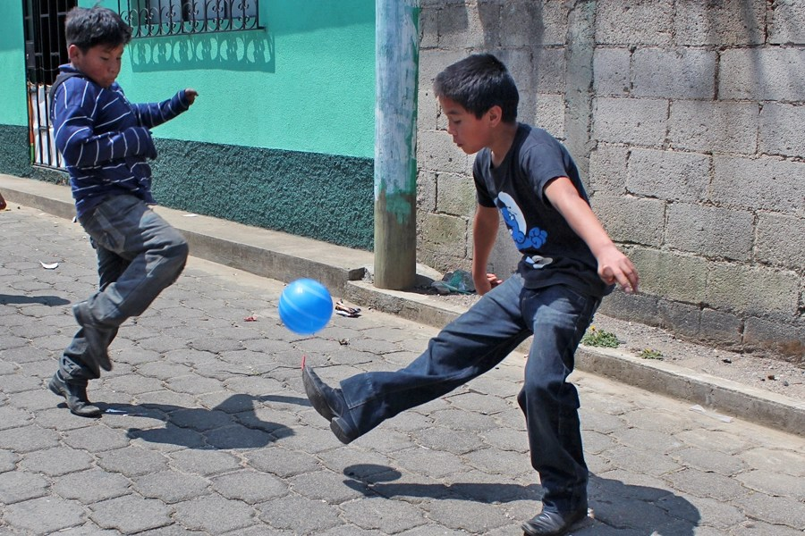 Games children play in Guatemala     Unbound Blog Charmuscas
