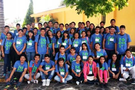 These Cuernavaca scholars helped organize the chain of favors event.