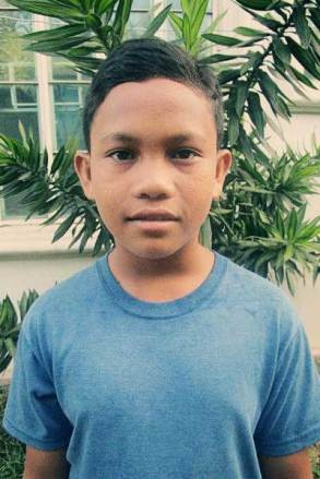 Al Nhadzar, 14, from the Philippines
