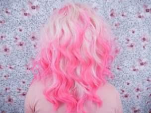 pink wig back