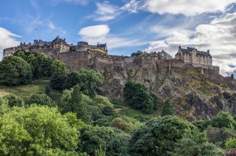 book-week-blog-edinburgh-castle