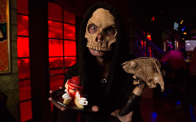 Halloween Horror Nights Scareactor Dining Experience_4