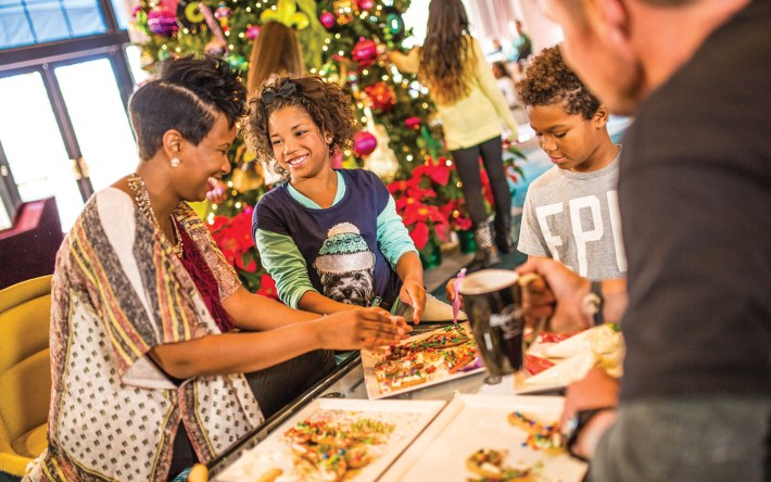 Holiday Activities at Universal Orlando's On-Site Hotels