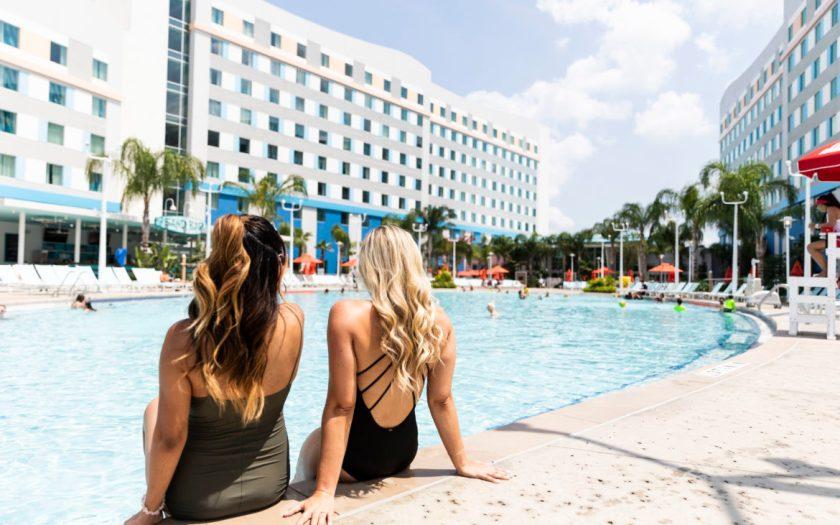 Universal's Endless Summer Resort - Surfside Inn and Suites Pool