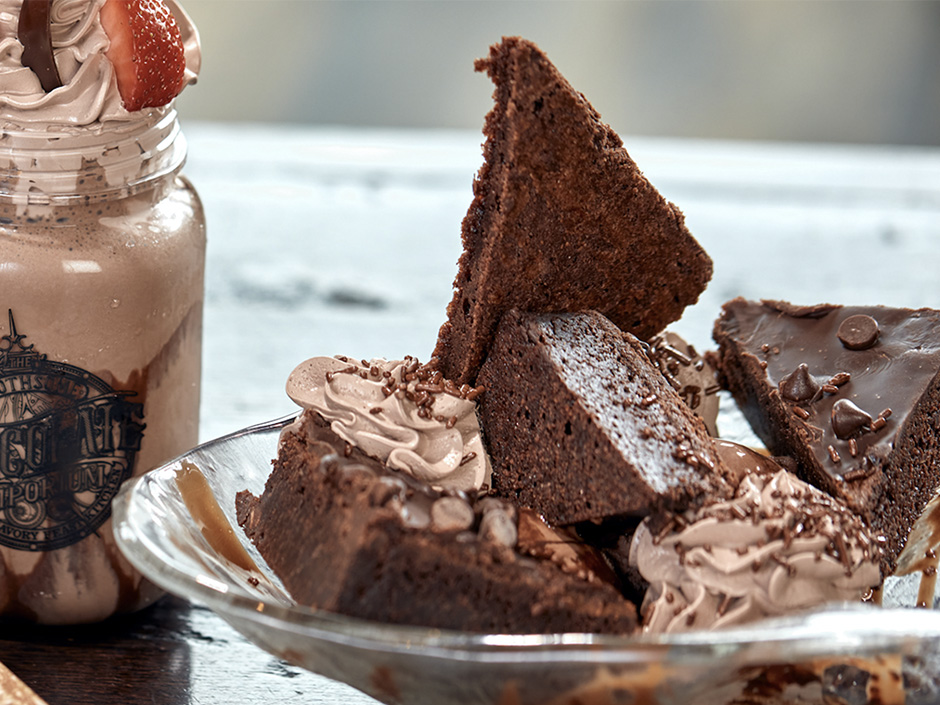 Chocolate Brownie Bark Sundae