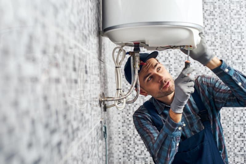 Comment réaliser l'entretien du chauffe-eau?