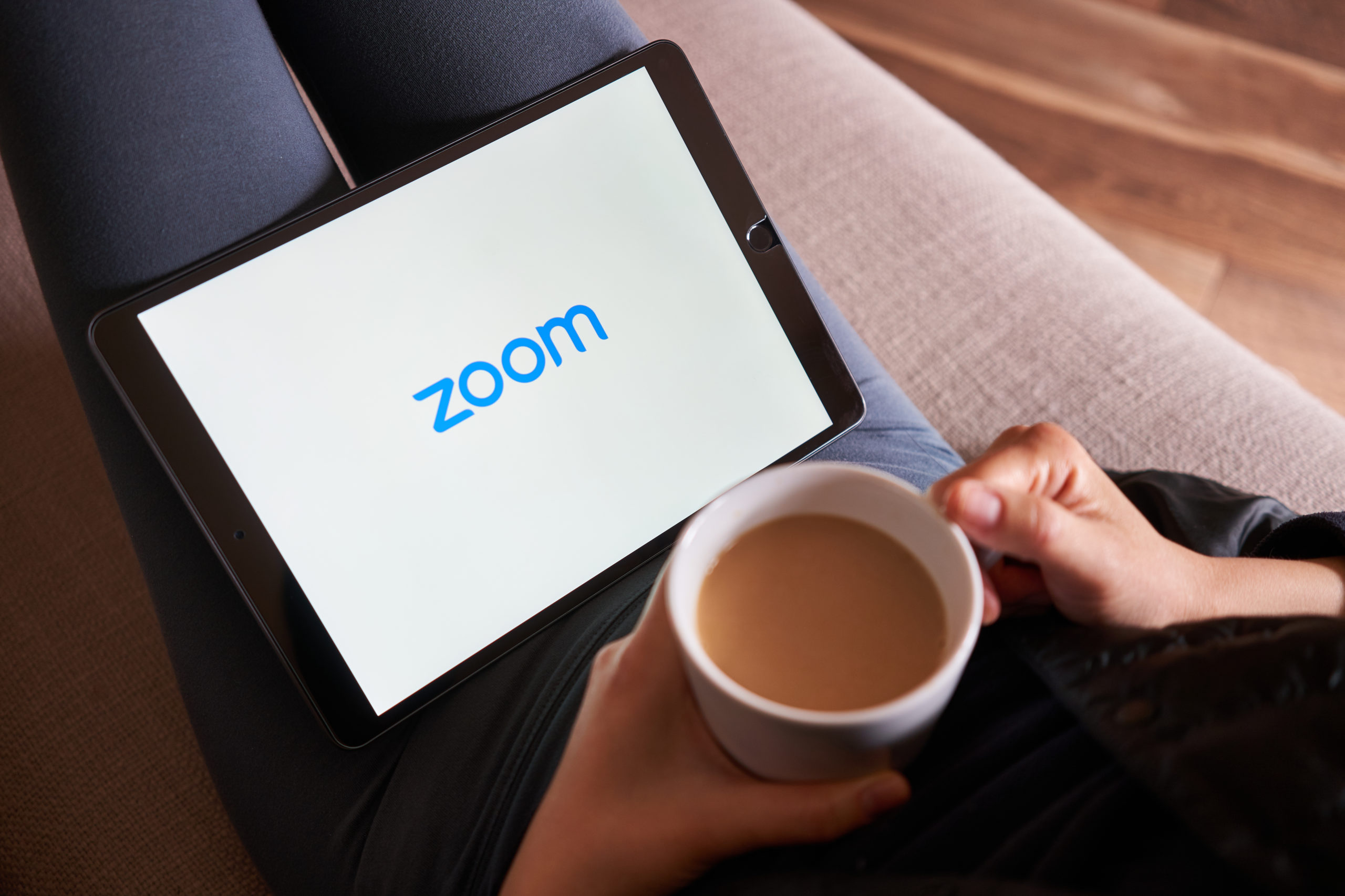 Zoom Temporarily Lifts Its 40-Minute Meeting Limit in Time for the Holidays