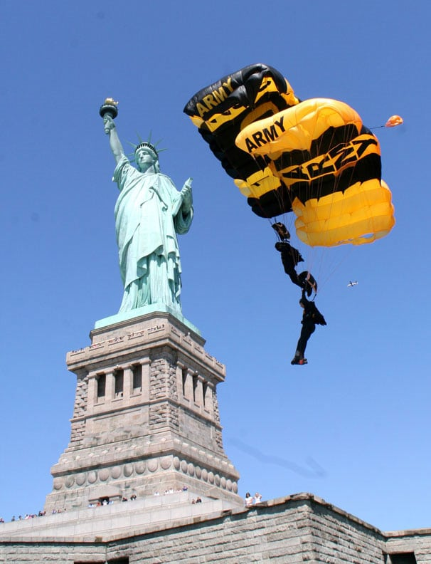 The Golden Knights, the U.S. Army's official parachute demonstration team, made a historical jump as part of their 50th Anniversary, onto the grounds of the Statue of Liberty in New York City. The demonstration was part of the Memorial weekend kick-off as members of the Gold demonstration team glided effortlessly toward Liberty Island, before a crowd of more than 3,000 spectators.