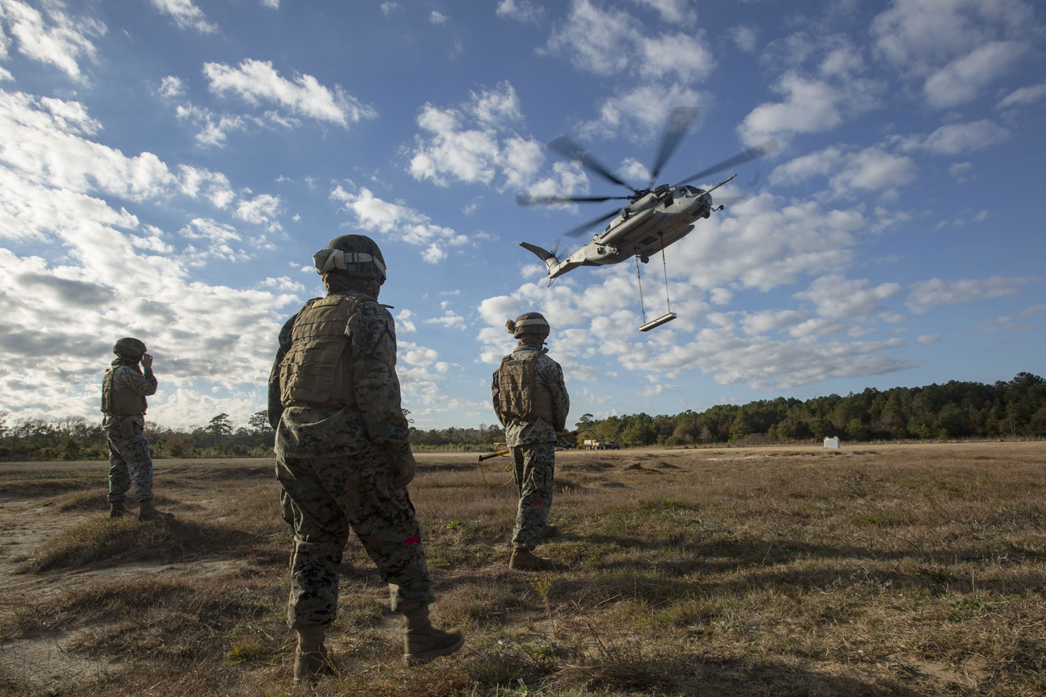 CLB-6 conducts Helicopter Support Team Training