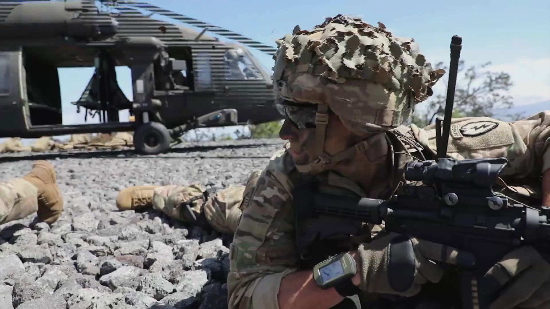 U.S. Army Soldiers assigned to the 25th Infantry Division work together in support of a combined arms live-fire on Pohakuloa Training Area, Hawaii.