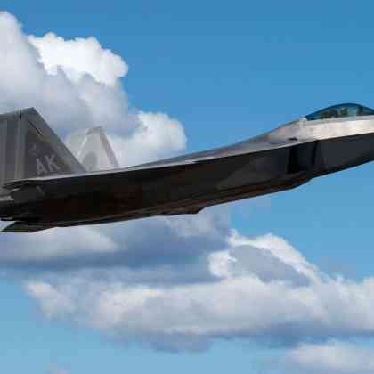 United States Air Force F-22 Raptor: Inside the Cockpit