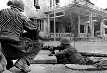 US Marines fighting in Hue, 1968.