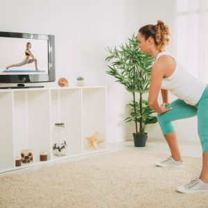 Help Clients Get a Good Workout at Home with Live Stream Sessions