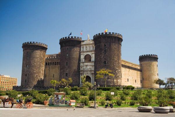 Castel NUovo en Nápoles