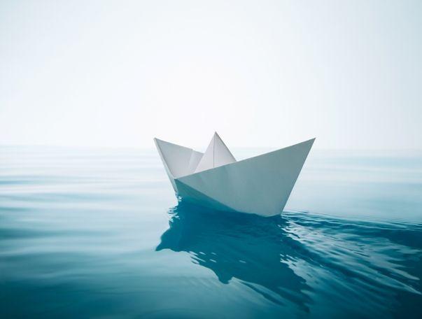 Cómo flotan los barcos de cruceros. Motivo por el que flotan los barcos