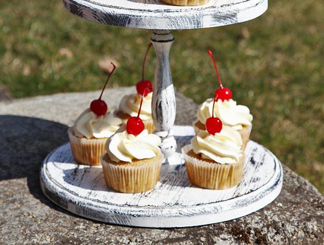 cupcakes,dezert,vanilka,třešeň,pečení
