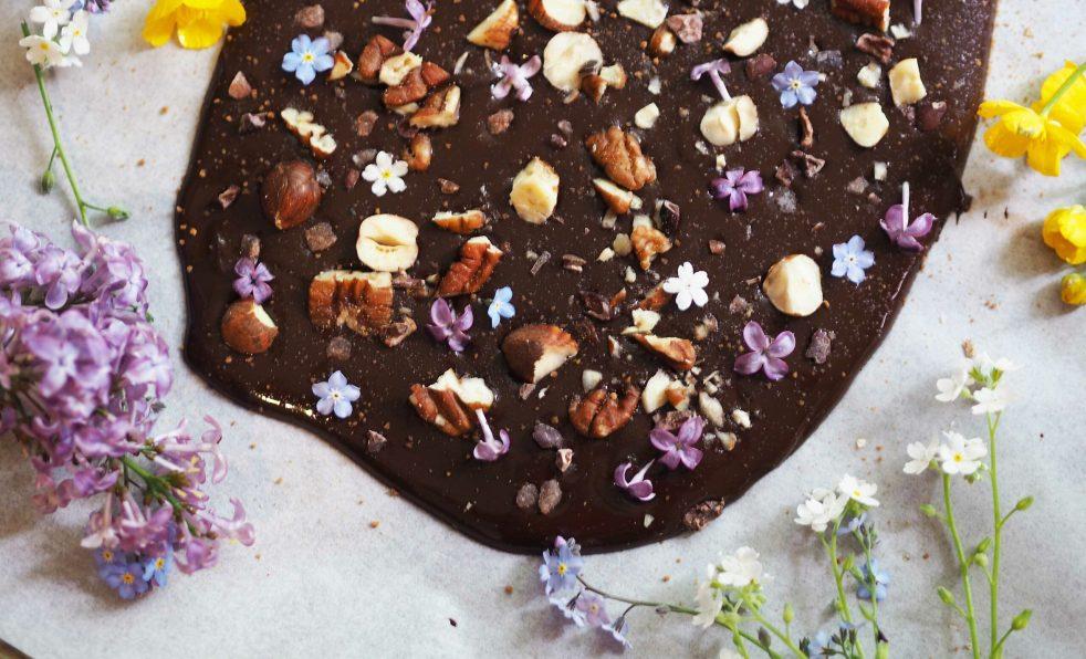 recept na výrobu domácí čokolády raw