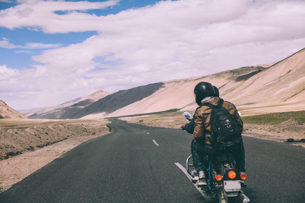 Travessia do Himalaya de motos