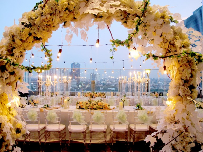 Indoor Outdoor Wedding Venue