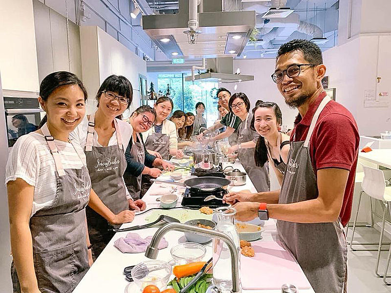 cooking classes for birthday parties in singapore at incubaker cafe and studio
