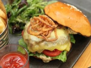 Lunch-deals-venuerific-blog-cassis-kitchen-burger