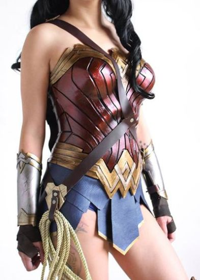 Halloween-costume-ideas-venuerific-blog-superwoman-body-armour