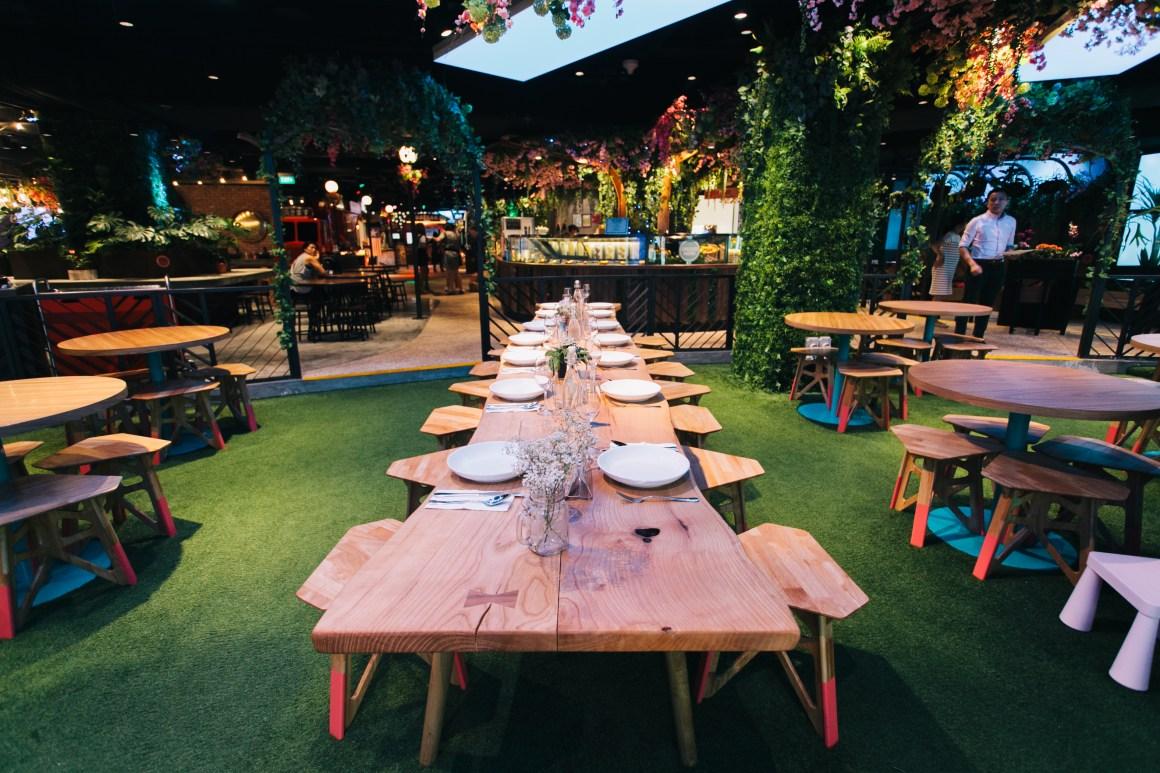 Indoor-Seating-Picnic-Urban-FoodPark-Lunch-Deals-Singapore-2017-2018-Venuerific