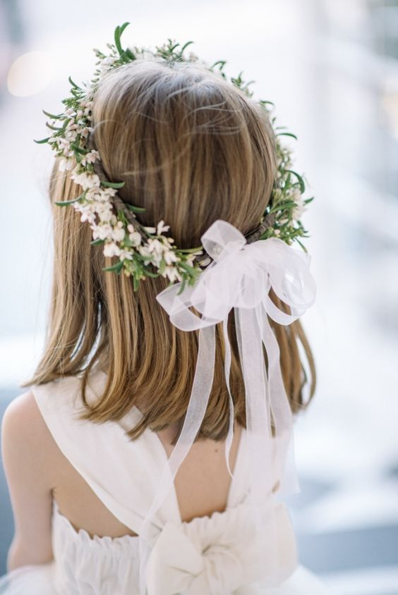 Perfect-wedding-flower-venuerific-blog-the-old-soul-queen-anne-lace-headdress