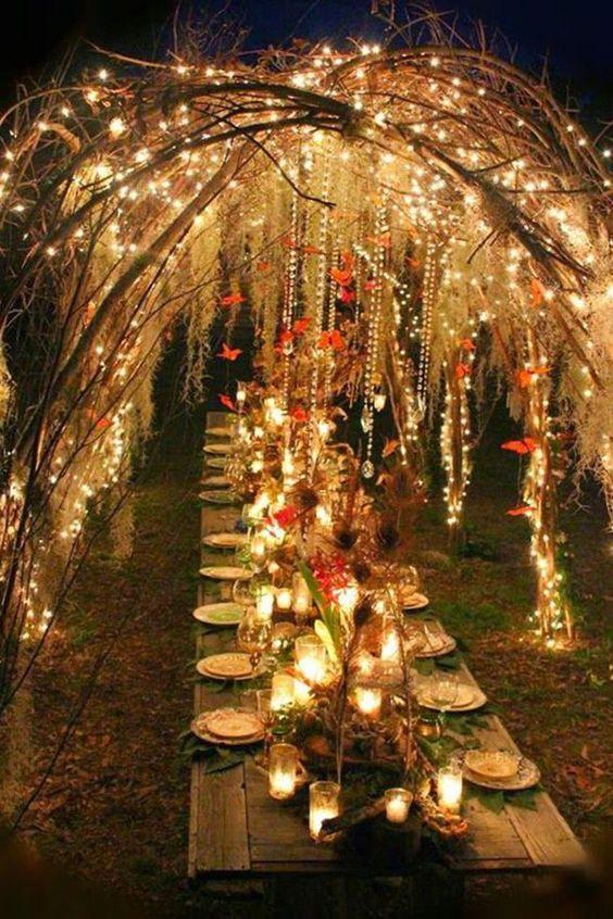 bohemian-wedding-venuerific-blog-wedding-reception-table-pretty-lights