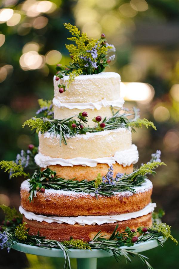bohemian-wedding-venuerific-blog-wedding-pretty-fruit-cake