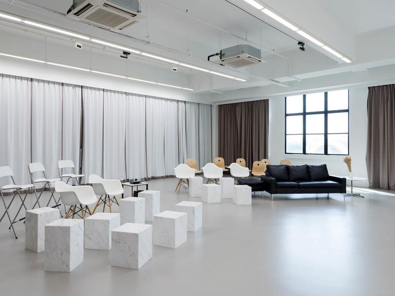 unique-venue-singapore-venuerific-blog-loft-the-weave-white-room